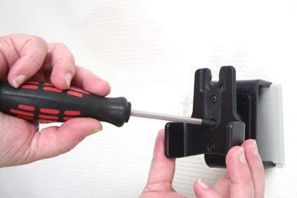 Inštalácia produktu Pasívny držiak pre Garmin GPSmap 60CSx. Krok 3.