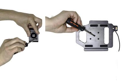 Inštalácia produktu Aktívny držiak do auta pre Huawei MediaPad T3 8.0. Krok 2.