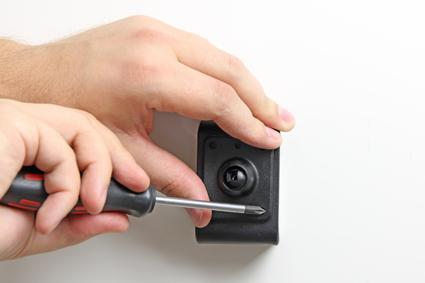 Inštalácia produktu Aktívny držiak pre Apple iPhone 6/6S/7 s Molex kon.. Krok 2.