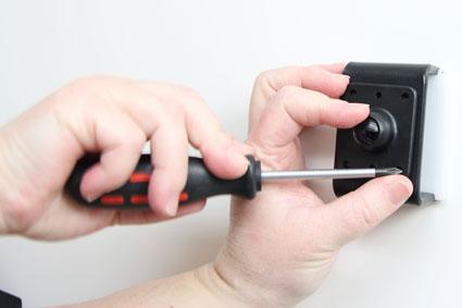 Inštalácia produktu Aktívny držiak pre Apple iPhone 6S/7/8 Plus, Xs Max s Molex kon.. Krok 2.