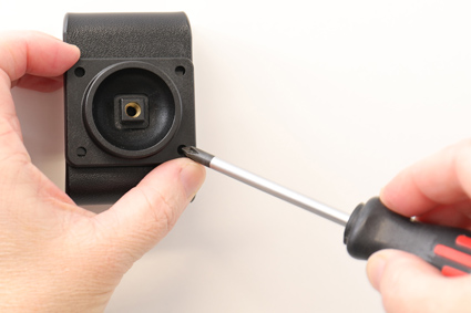 Inštalácia produktu Aktívny držiak pre Huawei P30 Pro USB+CL. Krok 2.
