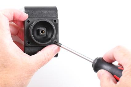 Inštalácia produktu Aktívny držiak pre Samsung Galaxy A20e A202 USB+CL. Krok 2.