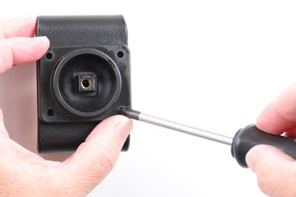 Inštalácia produktu Aktívny držiak pre Samsung Galaxy A40 A405 USB+CL. Krok 2.