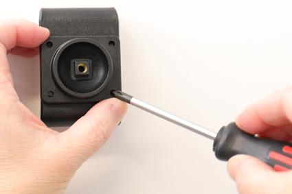 Inštalácia produktu Aktívny držiak pre Huawei P30 Pro s Molex kon.. Krok 2.