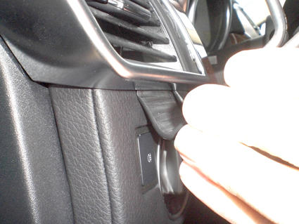 Inštalácia konzoly Proclip 804826 - Mercedes Benz GL-Class 13-18, Mercedes Be, vľavo. Krok 2.