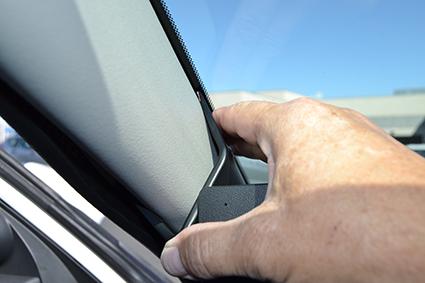 Inštalácia konzoly Proclip 805540 - Honda Civic 19-20, vľavo. Krok 3.