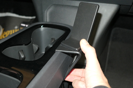 Inštalácia konzoly Proclip 835644 - Volkswagen ID.3 21, konzola. Krok 3.