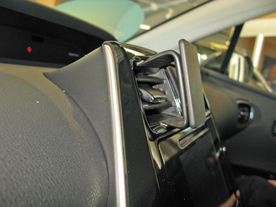 Brodit ProClip 855200/Mount for Toyota Prius 16