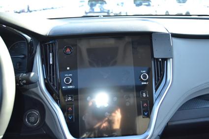 Inštalácia konzoly Proclip 855560 - Subaru Outback 20, stred,vpravo. Krok 3.